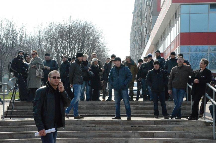 В Мариуполе представители пророссийского движения разогнали митинг за единую Украину (ФОТО+ВИДЕО), фото-24