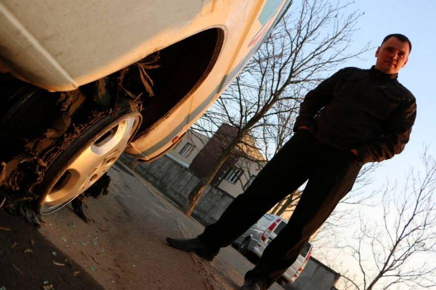 В Мариуполе пастор Мохненко прокомментировал инцидент с разбитым автобусом (ФОТО), фото-6