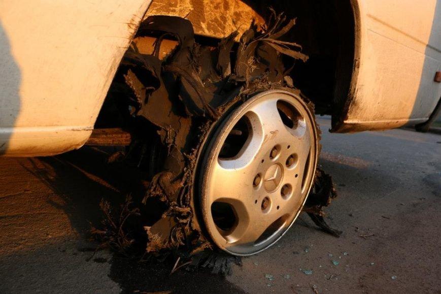 В Мариуполе пастор Мохненко прокомментировал инцидент с разбитым автобусом (ФОТО), фото-2
