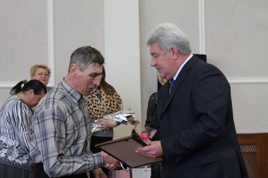 В Артемовске поздравили работников сферы ЖКХ, фото-2