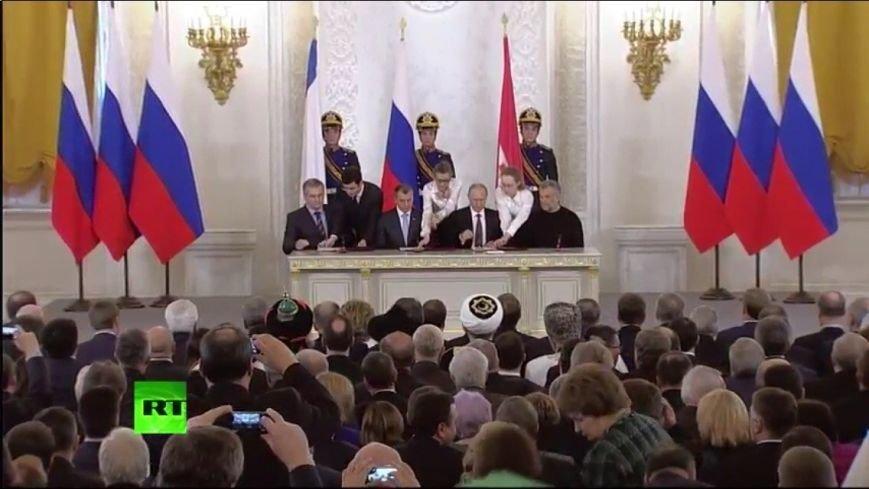 В Кремле подписали договор о принятии Крыма в состав России (ФОТО, обновлено), фото-4