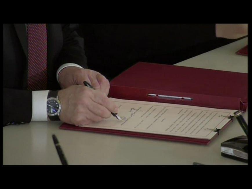В Кремле подписали договор о принятии Крыма в состав России (ФОТО, обновлено), фото-2