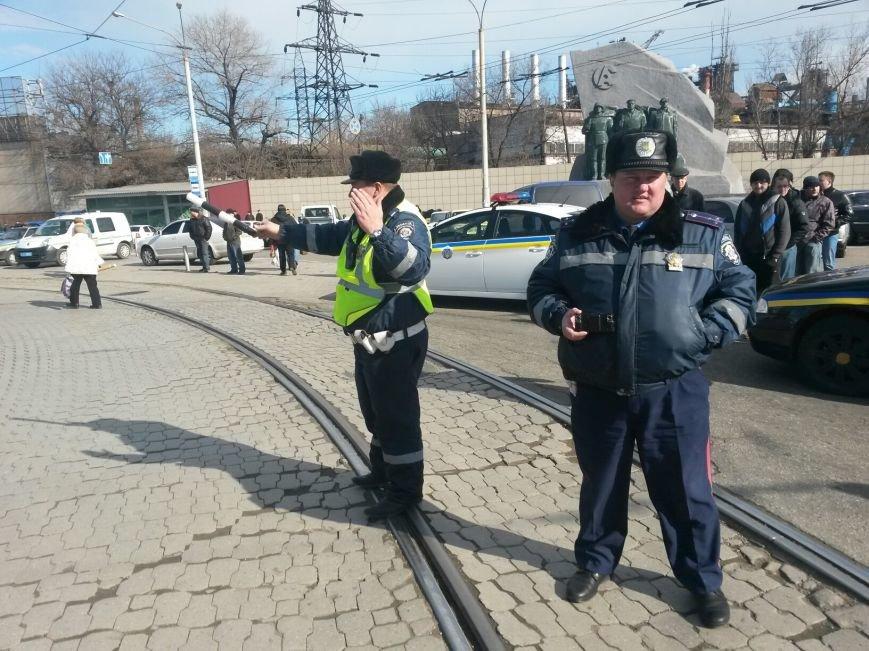 В Мариуполе участники митинга заблокировали пост-мост. Встречали оружие (ФОТО+ Дополнено), фото-19