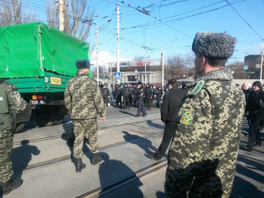 В Мариуполе участники митинга заблокировали пост-мост. Встречали оружие (ФОТО+ Дополнено), фото-7