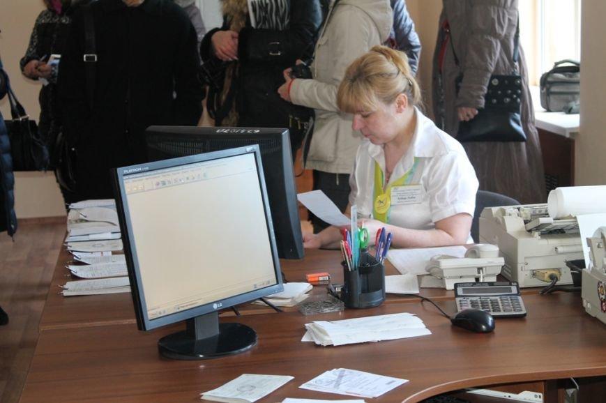 В Артемовске после реконструкции открыли центральное отделение «Укрпочты», фото-7