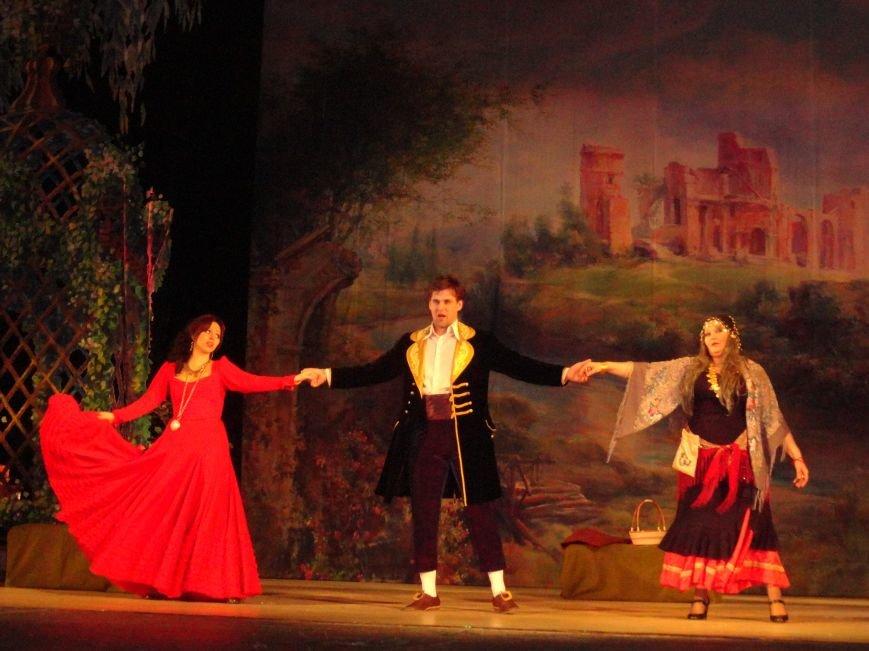 «Цыганский барон» покорил сердца мариупольских зрителей (ФОТО), фото-2