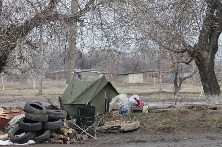 Артемовские казаки рассказали, зачем они блокируют склад с оружием в Парасковиевке (ВИДЕО), фото-8