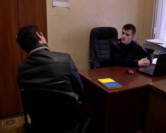 В Харькове иностранец едва не зарезал милиционера (ФОТО), фото-3