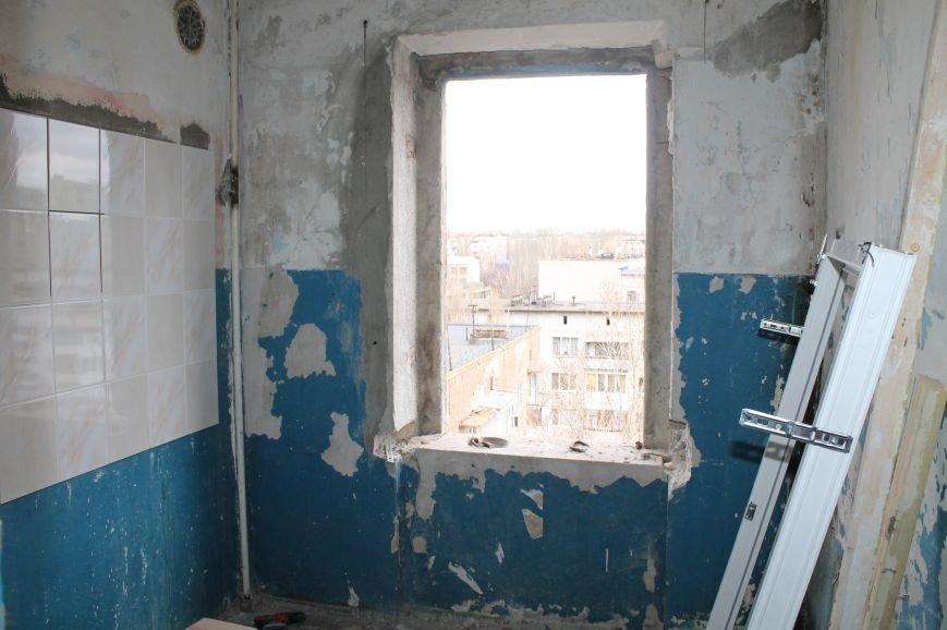 В артемовской малосемейке отремонтируют квартиру для ребенка-сироты, фото-12