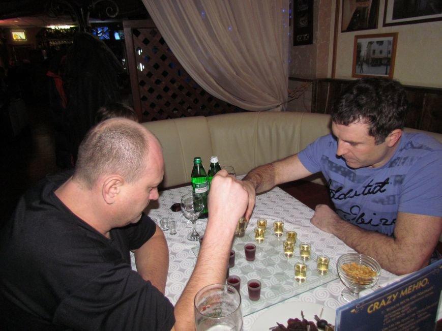 100 килограмм креветок - самому лучшему гроссмейстеру в … пьяные шашки! (ФОТО), фото-1