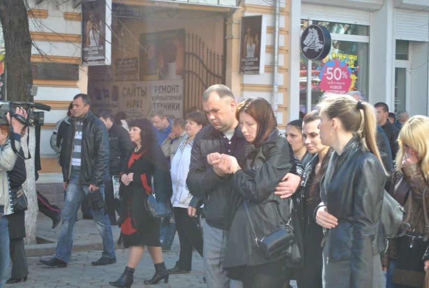 В Симферополе простились с убитыми 18 марта военным и бойцом самообороны Крыма (ФОТО), фото-4