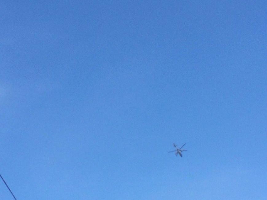 Над Мариуполем только что  пролетели два вертолета (Фотофакт+ ВИДЕО), фото-5