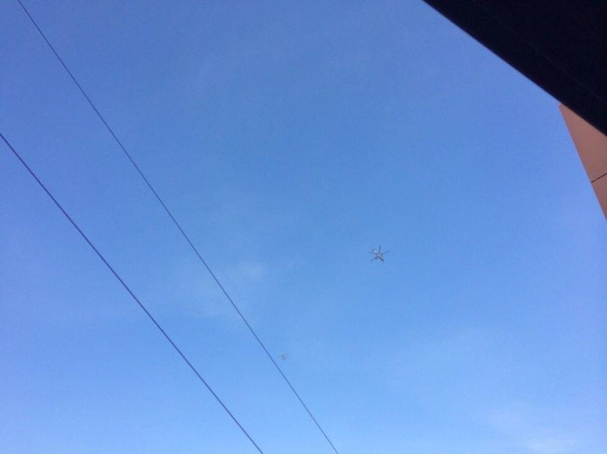 Над Мариуполем только что  пролетели два вертолета (Фотофакт+ ВИДЕО), фото-3