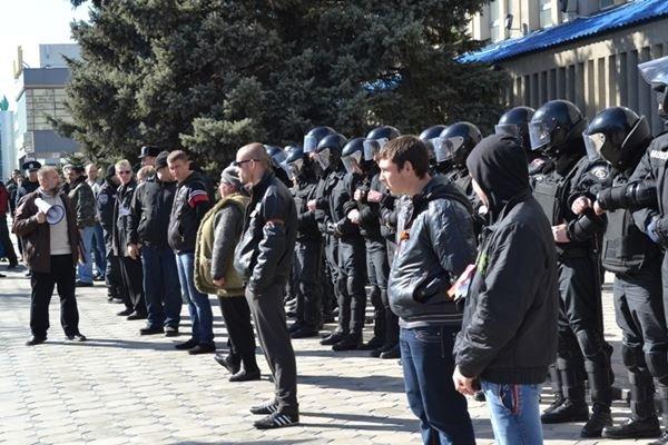 Как в Луганске проходил пророссийский митинг (ФОТО), фото-13