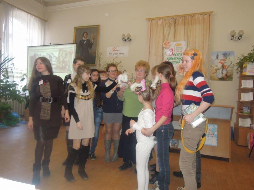 Юные поэты собрались в Симферополе в гостях у белого кролика (ФОТО), фото-4