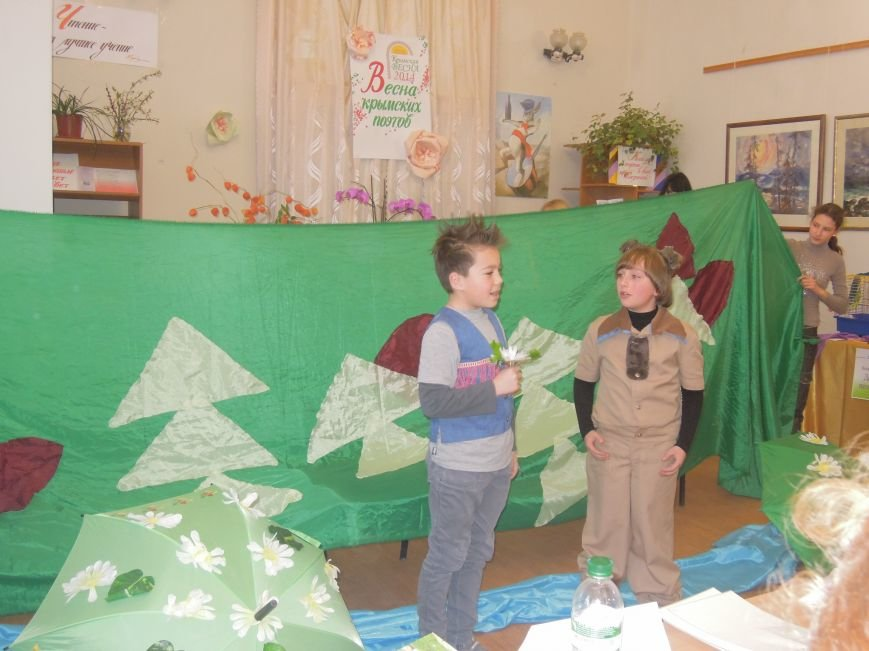 Юные поэты собрались в Симферополе в гостях у белого кролика (ФОТО), фото-2