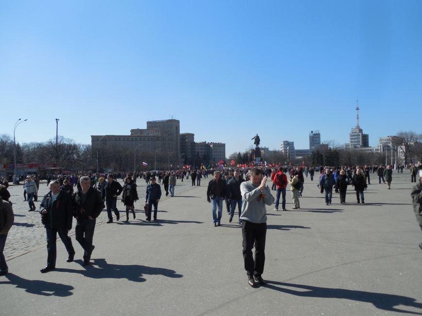 Пророссийский митинг на площади Свободы: харьковчане требуют отставки Балуты (ФОТО), фото-10