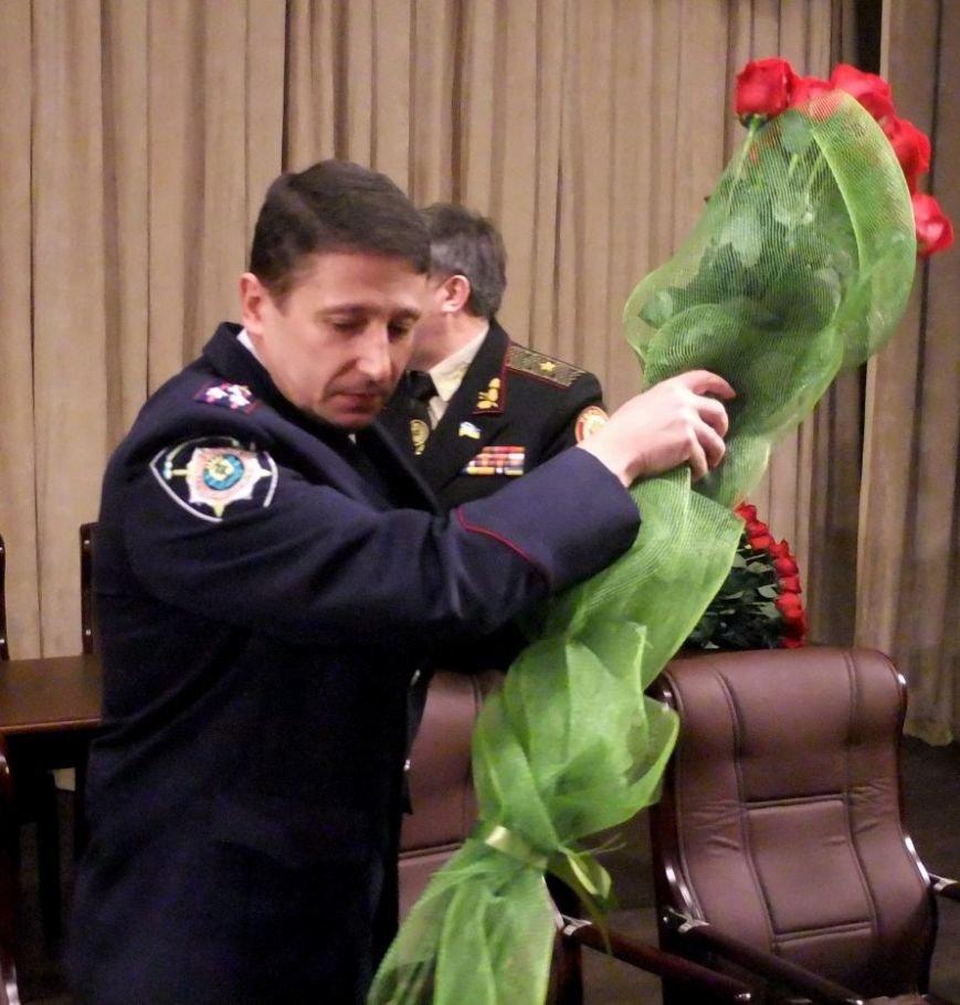 В Донецке представили нового начальника областной милиции (фото, видео) (фото) - фото 1