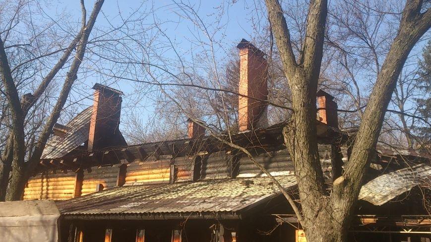 В центре Харькова дотла сгорел двухэтажный ресторан (ФОТО), фото-2