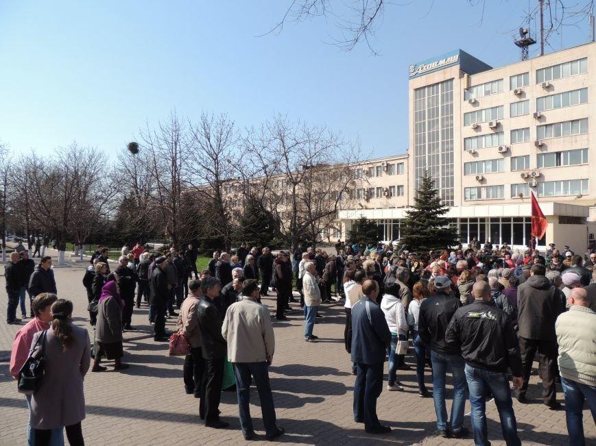 В Мариуполе азовмашевцы вышли на митинг (ФОТО), фото-10