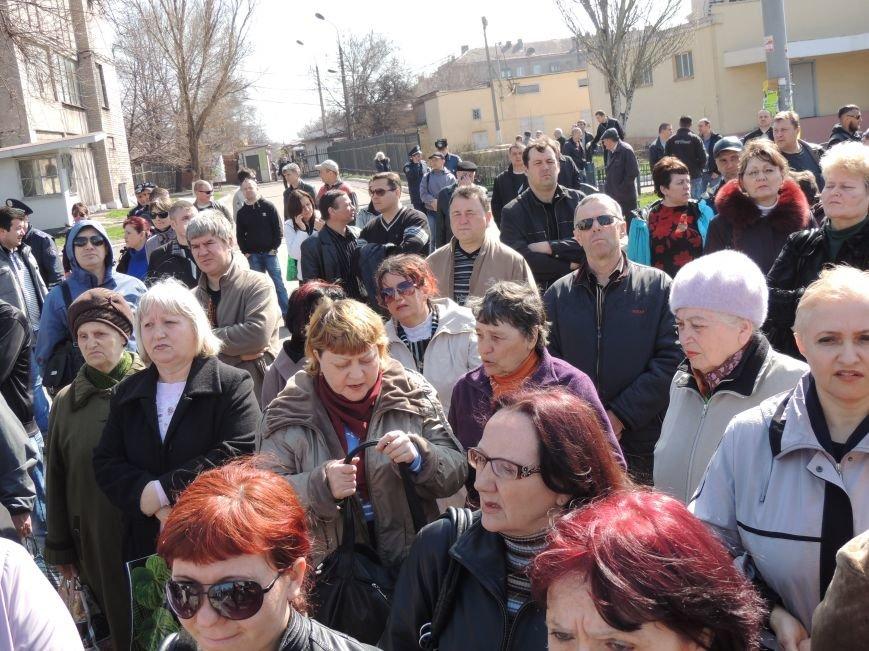 В Мариуполе азовмашевцы вышли на митинг (ФОТО), фото-13