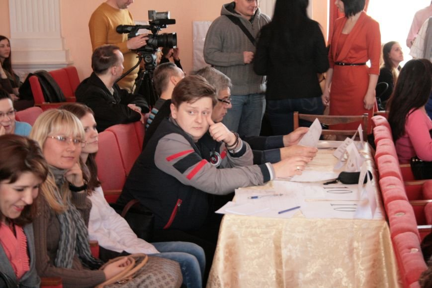 В ЛНУ имени Т. Шевченко состоялся фестиваль «Ми твій світанок, Україно!» (ФОТО), фото-12