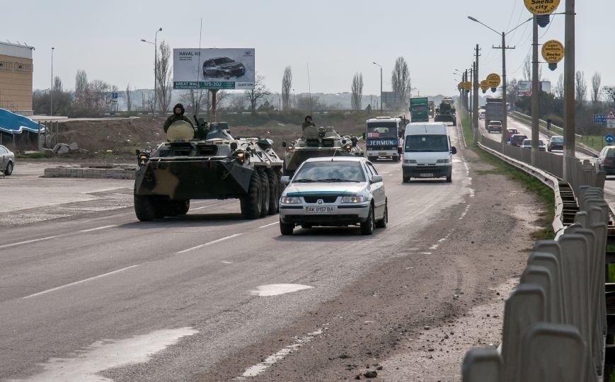 ФОТОФАКТ: Из Крыма выезжает военная техника?, фото-4