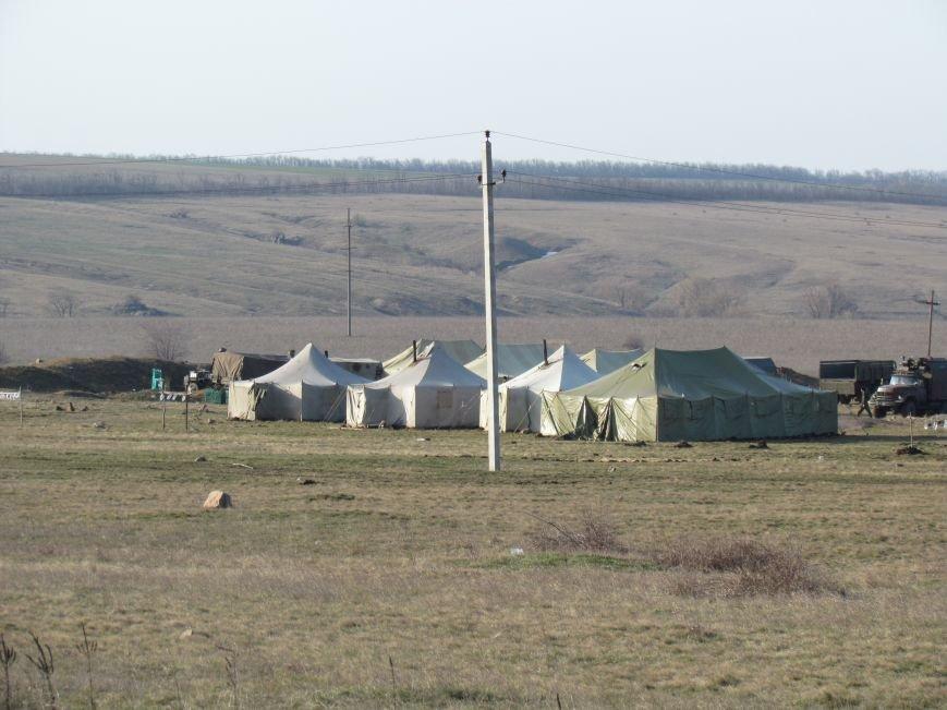 Мариупольцы  вооружили военный лагерь десятком раций (Фоторепортаж), фото-11