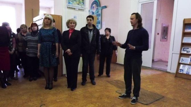 Луганчанам показали фотовыставку про Майдан (ФОТО), фото-8