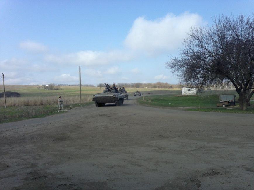 Под Мариуполем движется украинская военная техника (ФОТО), фото-5