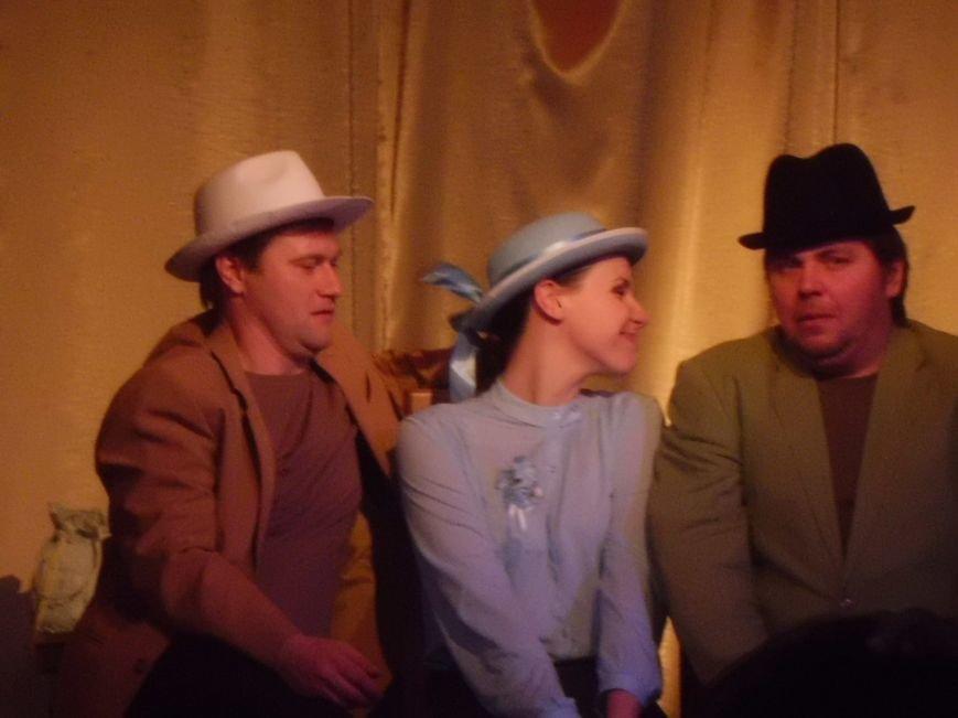 Таганрожский театр Нонны Малыгиной в кругу друзей весело отметил День театра, фото-5