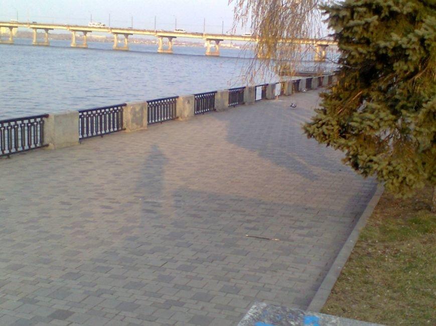 Забор на Набережной разбирают по частям: милиция узнала об этом факте от журналиста 056.ua  (ФОТОФАКТ), фото-3