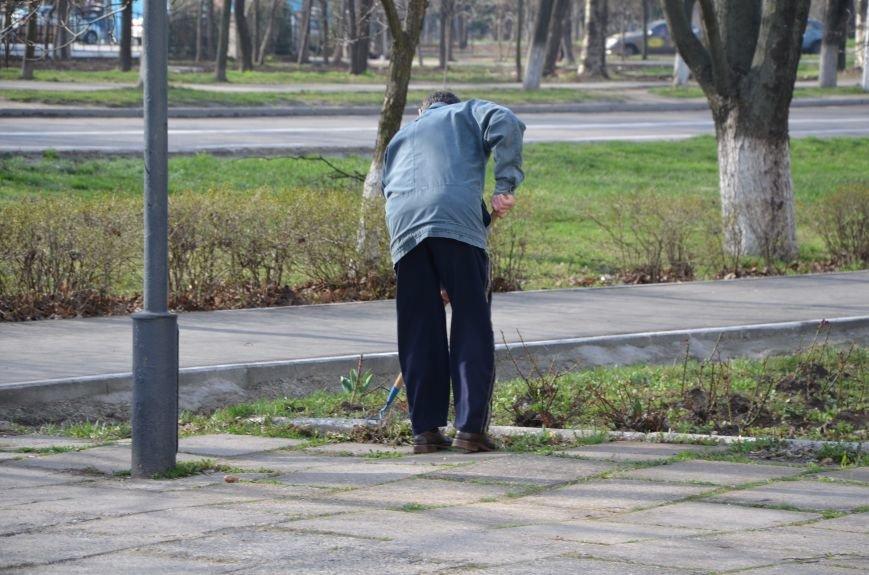 Мариупольцы вышли на общегородской субботник (ФОТО), фото-6