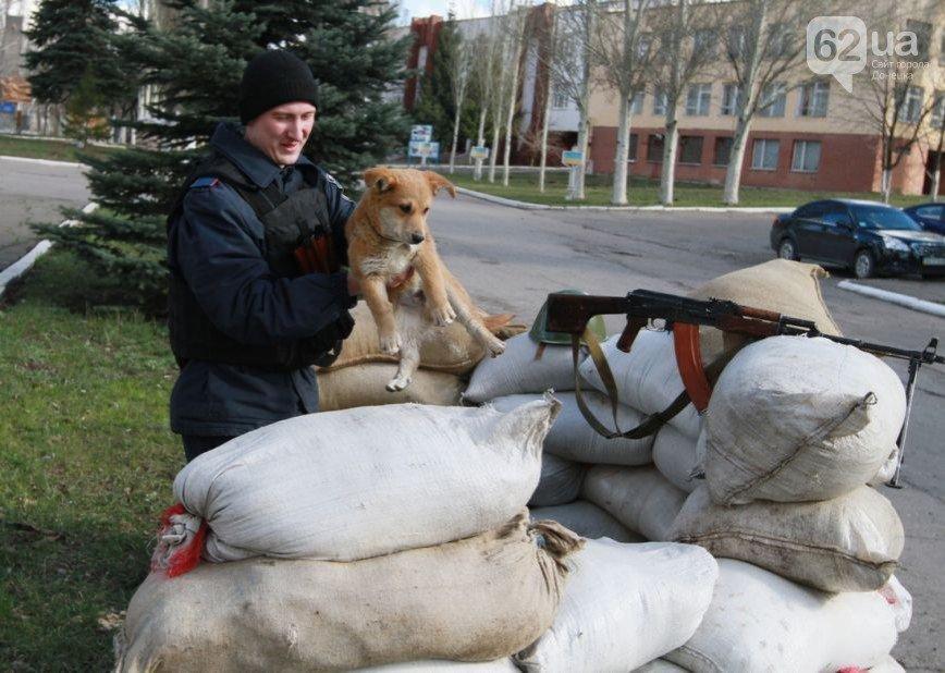 В Донецк прибыли верные присяге военные из Крыма - без оружия, но с оптимизмом (ФОТО, ВИДЕО) (фото) - фото 8
