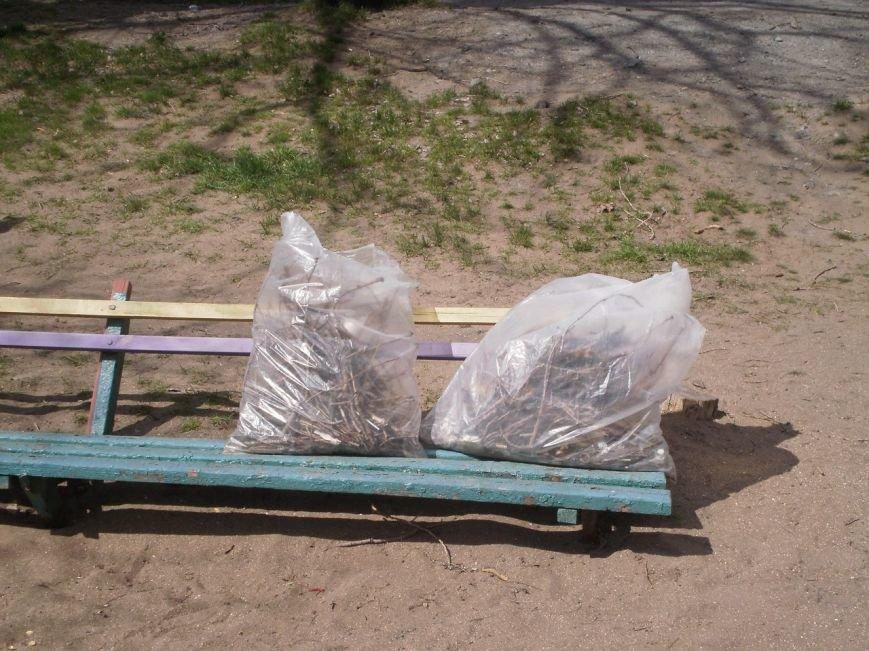 В Мариуполе патриоты Украины провели субботник на пляже (ФОТОРЕПОРТАЖ), фото-4