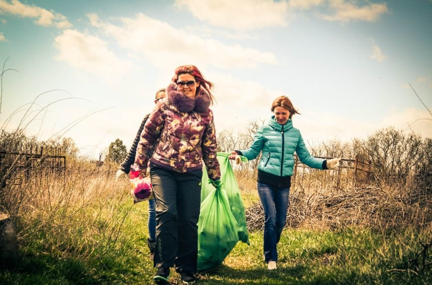 Симферополь в выходной день убирали студенты (ФОТО), фото-7