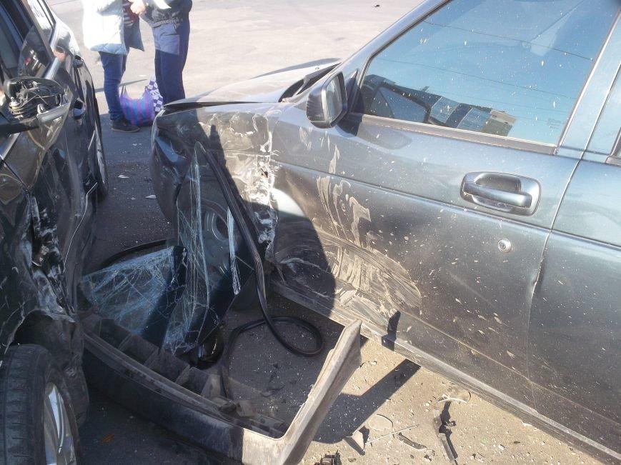Автомобильная «мясорубка» в центре Харькова: серьезно пострадали 4 человека (ФОТО), фото-3
