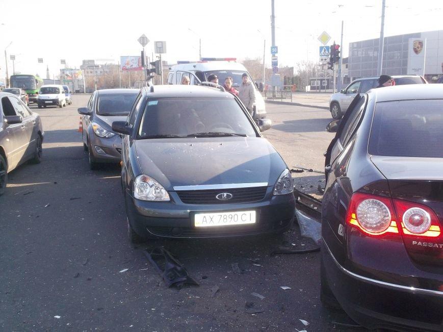 Автомобильная «мясорубка» в центре Харькова: серьезно пострадали 4 человека (ФОТО), фото-5