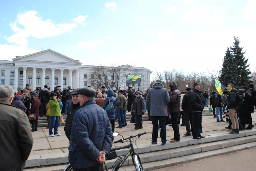 Митинг на центральной площади Краматорска, фото-6