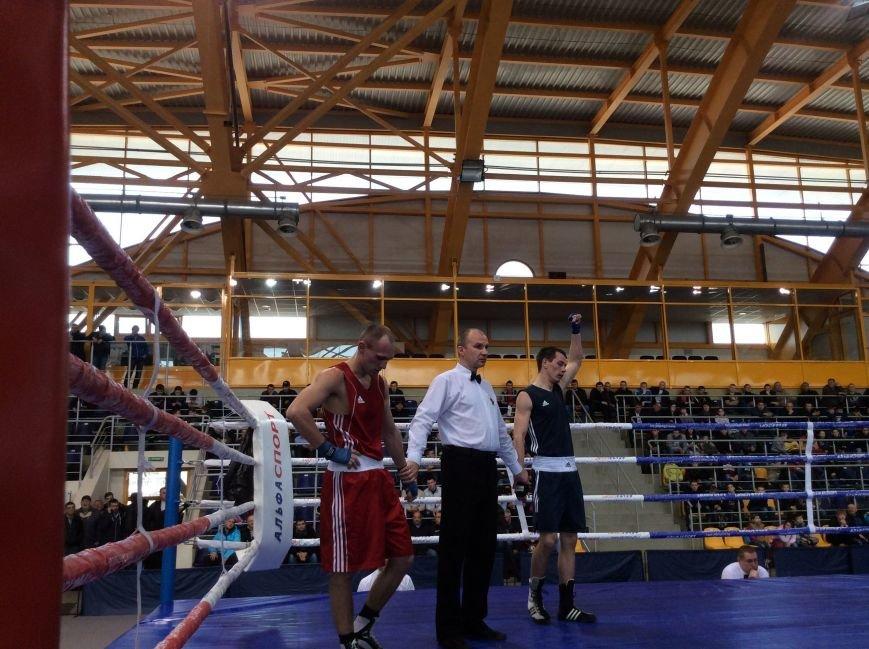 Ульяновский боксер Антон Антонов мечтает выступить на Олимпиаде-2016, фото-1