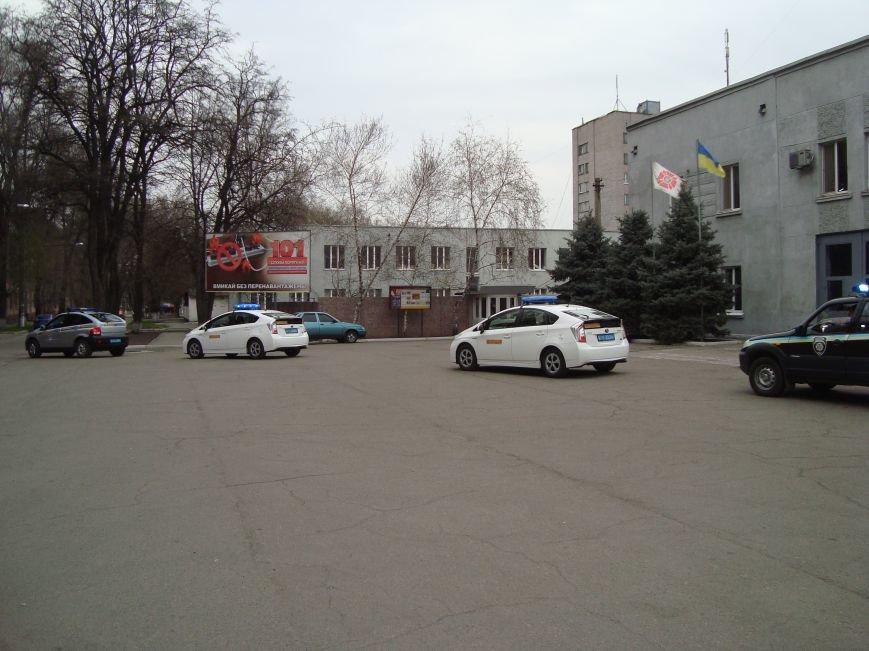 Развод сил и средств  правопорядка в Днепродзержинске, фото-2