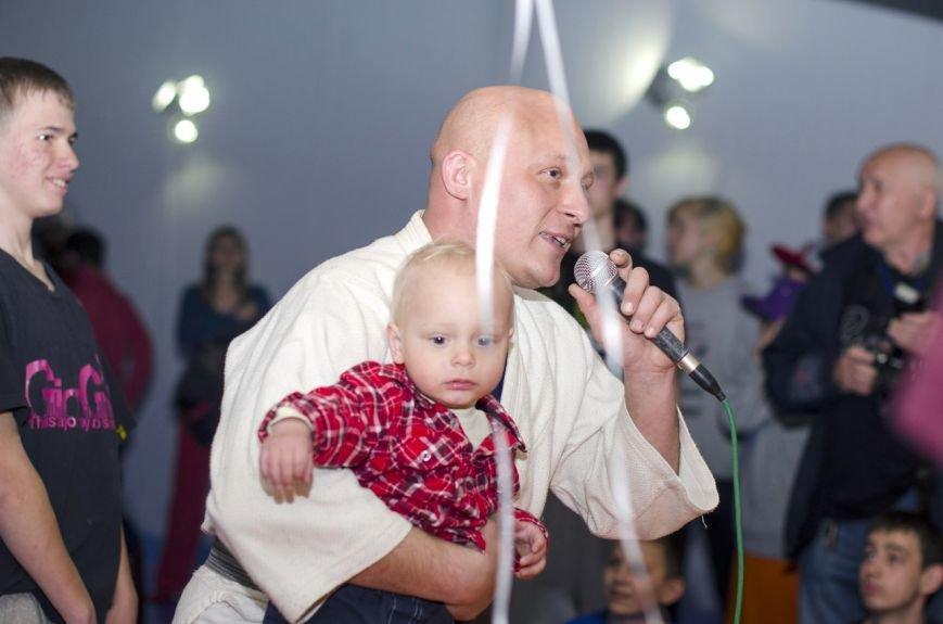 Lesya Semion Soroka 5 Taras Biloshytskyj z synom Levkom