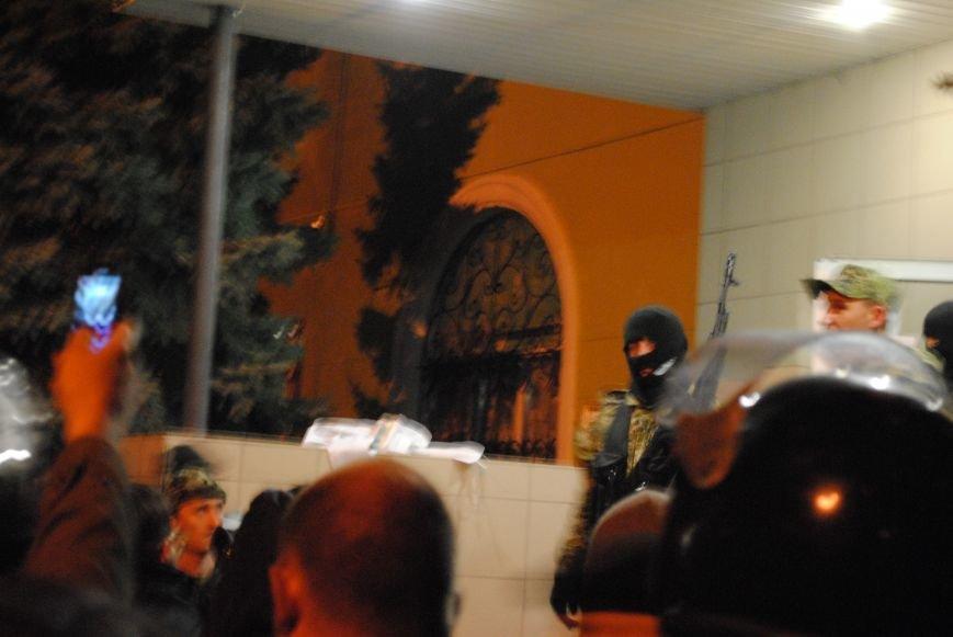 Краматорский горотдел захвачен. Как это было (ФОТО, ВИДЕО-обновляется), фото-11