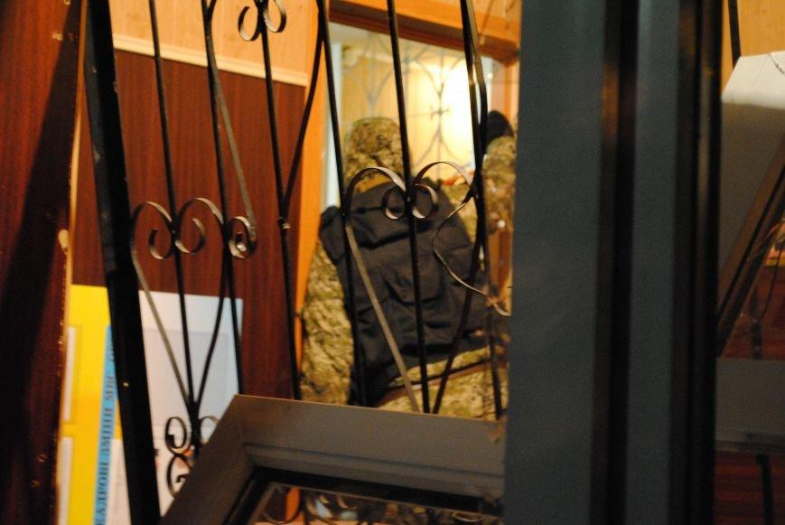 Краматорский горотдел захвачен. Как это было (ФОТО, ВИДЕО-обновляется), фото-17