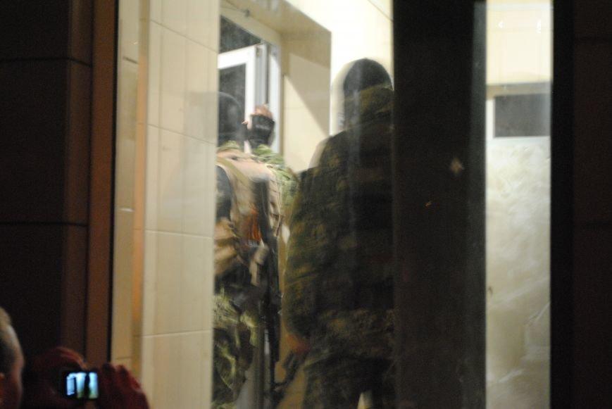 Краматорский горотдел захвачен. Как это было (ФОТО, ВИДЕО-обновляется), фото-13