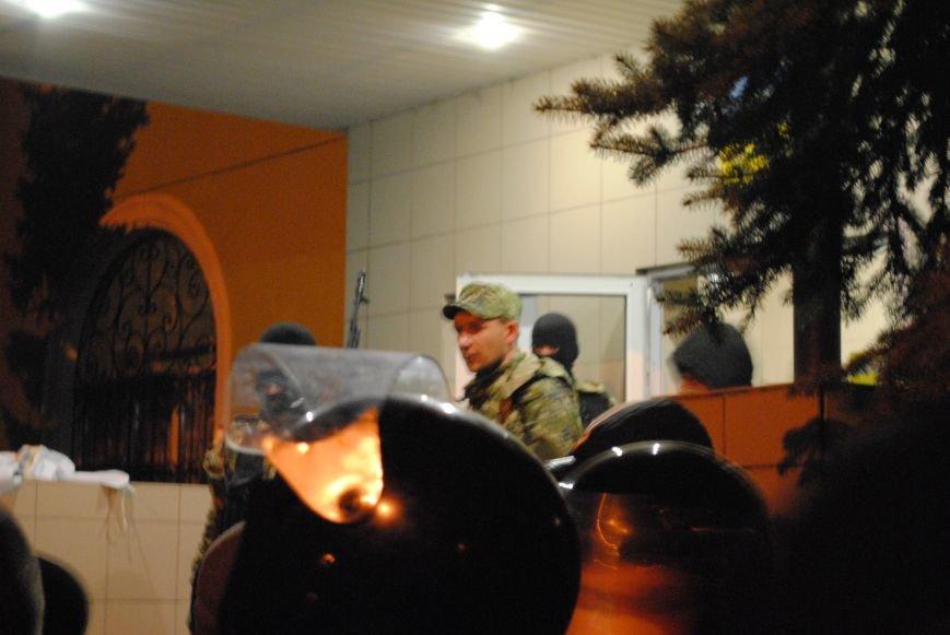 Краматорский горотдел захвачен. Как это было (ФОТО, ВИДЕО-обновляется), фото-12