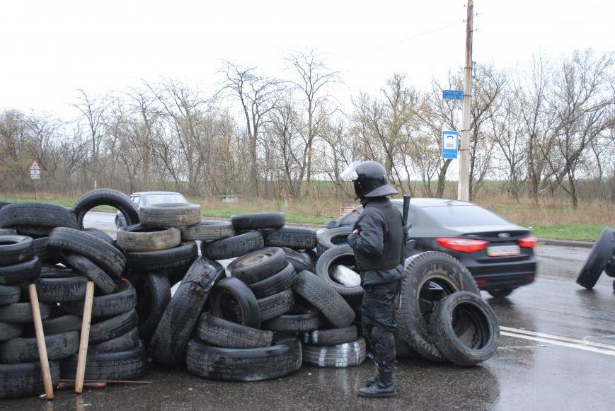 Один из блокпостов Краматорска на дороге в сторону Славянска (ФОТО, ВИДЕО), фото-6