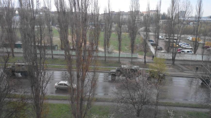 Вулицями Рівного їздить військова техніка (Фото), фото-3
