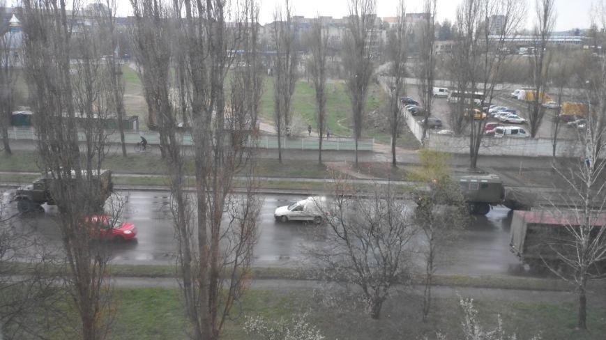 Вулицями Рівного їздить військова техніка (Фото), фото-7