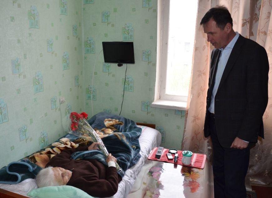 Сергей Карнаух поздравил ялтинцев – освободителей города от немецко-фашистских захватчиков, фото-1